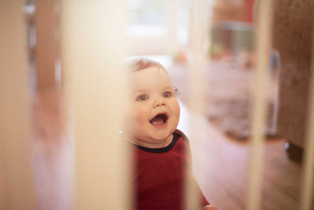 Best Baby Gates For Top Of Stairs 2019 Buyer S Guide